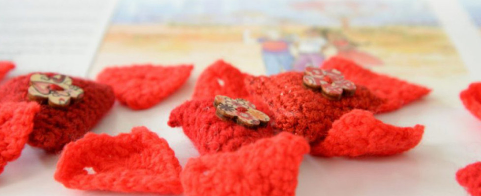 charity knitting freedom's red triangle fgm